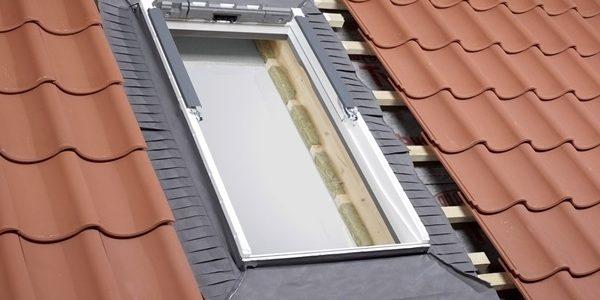 Van hőszigetelő keret tetőtéri ablakán?